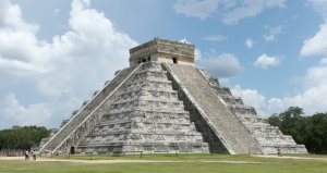 Atlantis Backstory: Chichen Itza pyramid